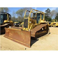 2005 CAT D6N LGP CRAWLER TRACTOR, VIN/SN:ALY01442 - 6 WAY BLADE, DIFF STEER, ECAB W/AIR, SWEEPS, MET