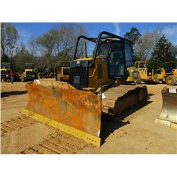 2014 CAT D6K2 LGP CRAWLER TRACTOR, VIN/SN:RST00650 - 6 WAY BLADE, DIFF STEER, ECAB W/AIR, SWEEPS, ME