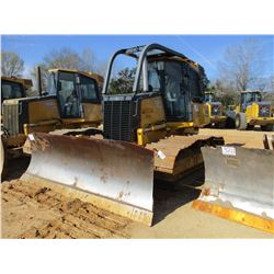 2011 JOHN DEERE 700J CRAWLER TRACTOR, VIN/SN:209453 - 6 WAY BLADE, WINCH, ECAB W/AIR, SWEEPS, SCREEN