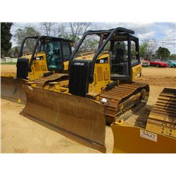 2013 CAT D5K2 LGP CRAWLER TRACTOR, VIN/SN:KYY00663 - 6 WAY BLADE, SYSTEM 1 U/C, CANOPY, SWEEPS, REAR