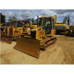 2003 CAT D4G XL CRAWLER TRACTOR, VIN/SN:CFN00975 - 6 WAY BLADE, ECAB W/AIR, METER READING 12,597 HOU