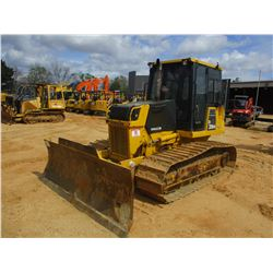 2005 KOMATSU D39PX-21A CRAWLER TRACTOR, VIN/SN:1734 - 6 WAY BLADE, ECAB W/AIR, METER READING 9,081 H