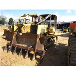 JOHN DEERE 450D CRAWLER TRACTOR, VIN/SN:702186 - 6 WAY BLADE, CANOPY, SWEEPS, SCREENS