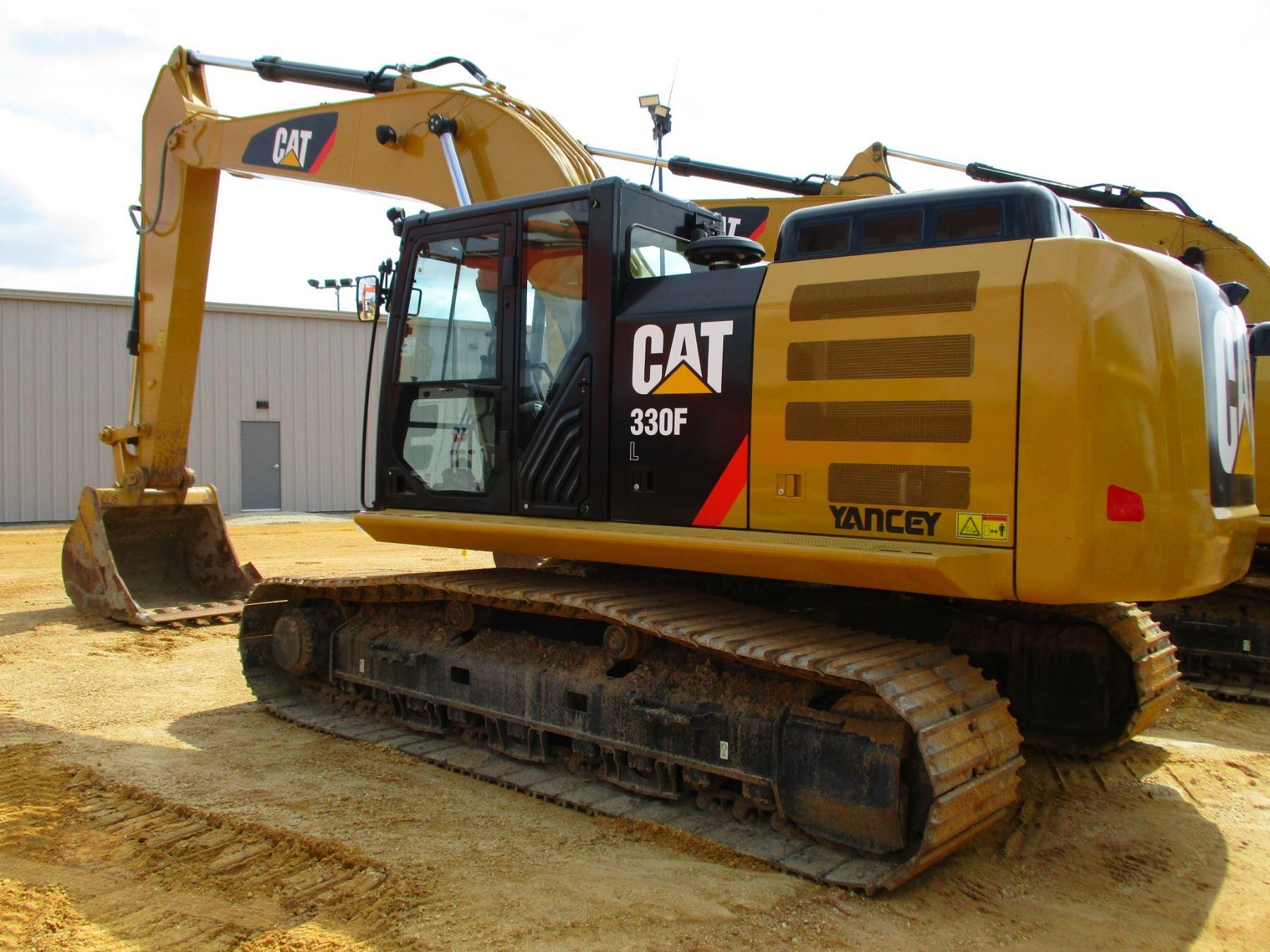 2017 CAT 330FL HYDRAULIC EXCAVATOR, VIN/SN:MBX10268 - 10' 6