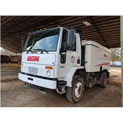 2004 ELGIN SWEEPER TRUCK, VIN/SN:49HAABV074DM96915 - STERLING SC-8000 CHASSIS, CUMMINS DIESEL ENGINE