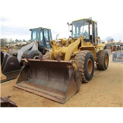 CAT 938F WHEEL LOADER, VIN/SN:1KM01772 - MP BUCKET, ECAB W/AIR, 20.5R25 TIRES (FORWARD AND REVERSE G