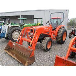 KUBOTA L3130HST FARM TRACTOR, VIN/SN:41323 - MFWD, 3 PTH, PTO, KUBOTA LA723 FRONT LOADER ATTACH, GP