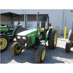 2000 JOHN DEERE 5105 FARM TRACTOR, VIN/SN:111554 - 3 PTH, PTO, ROLL BAR, SYNC REVERSER