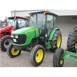 2006 JOHN DEERE 5525 FARM TRACTOR, VIN/SN:252191 - 3 PTH, PTO, 2 REMOTES, ECAB W/AIR, 460/85R30 TIRE