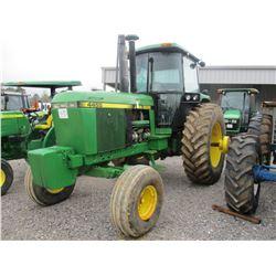 1989 JOHN DEERE 4455 FARM TRACTOR, VIN/SN:001888 - 3PTH, PTO, 2 REMOTES, ECAB W/AIR, 20.8-38 TIRES,