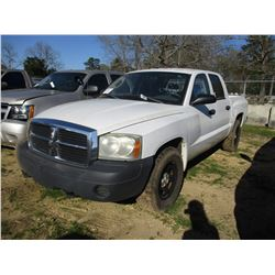 2007 DODGE DAKOTA PICKUP, VIN/SN:1D7HW28K17S253786 - 4X4, CREW CAB, V6 GAS ENGINE, A/T (STATE OWNED)