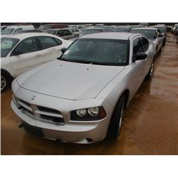 2010 DODGE CHARGER VIN/SN:2B3CA4CT4AH272587 - V8 GAS ENGINE, A/T (STATE OWNED)