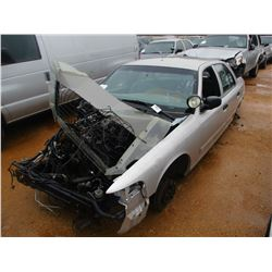 2009 FORD CROWN VICTORIA VIN/SN:2FAHP71V29X143358 - V8 GAS ENGINE, A/T (DOES NOT OPERATE) (STATE OWN