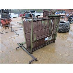 POWER RIVER SMALL LIVESTOCK HAND CATCHER AND HANDLING CAGE