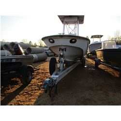 VIN/SN:BWCSJ376B797 22' FIBERGLASS BOAT, MERCURY OPTIMAX OUTBOARD ENGINE, CENTRAL CONSOLE, ALUM T/A