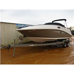 2007 SEA RAY 260SD BOAT, VIN/SN:17311607 - 26', SUNDECK, 66 HOURS, 350 MERCRUISER, T/A SEA RAY ROADR