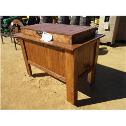 WOOD TABLE COOLER
