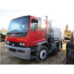 2004 GMC 7500 SWEEPER TRUCK, VIN/SN:1GDFM7F1384F100113 - S/A, ISUZU 275 DIESEL ENGINE, ALLISON A/T,