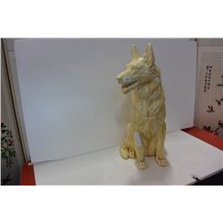 PORCLEAN DOG FIGURE