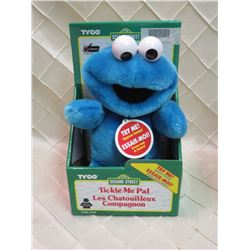 Tyco Tickle Me Pal - Cookie Monster