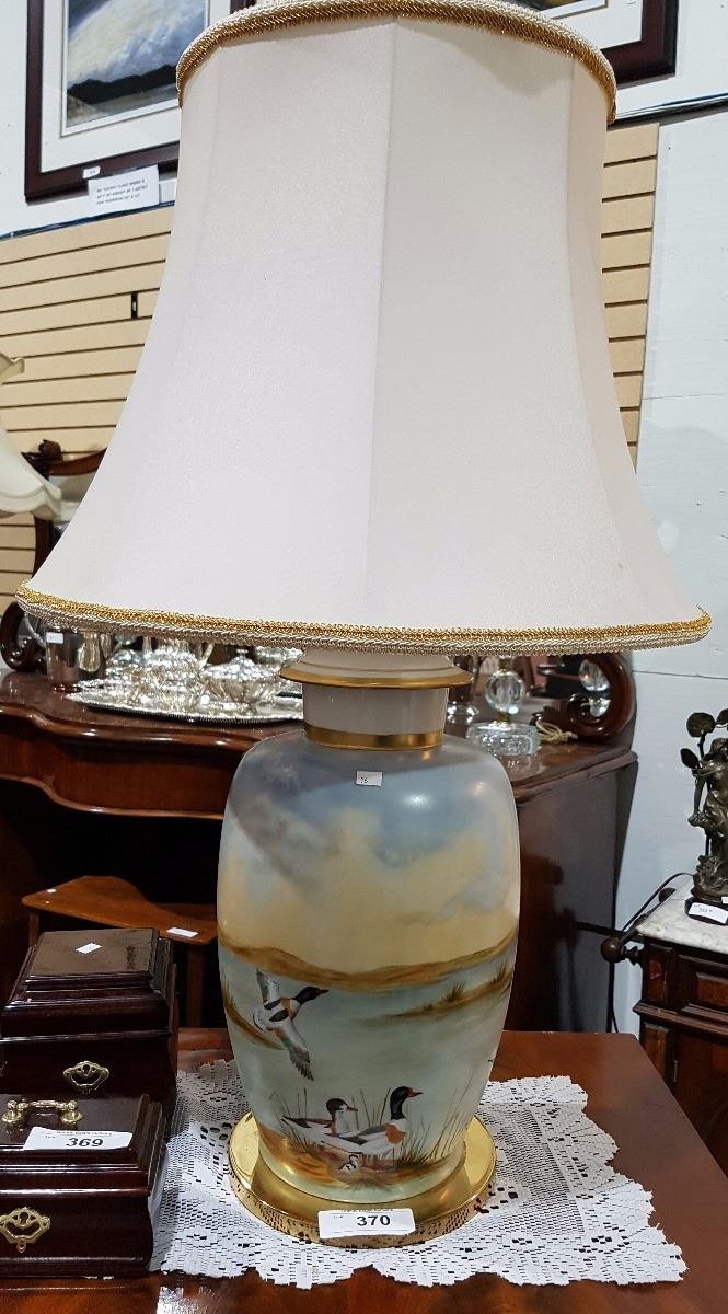 Large Porcelain Hand Painted Lamp Aprox 36