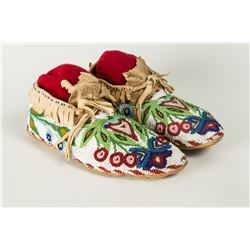 "Ojibwa Beaded Man's Moccasins, 10 ½"" long"