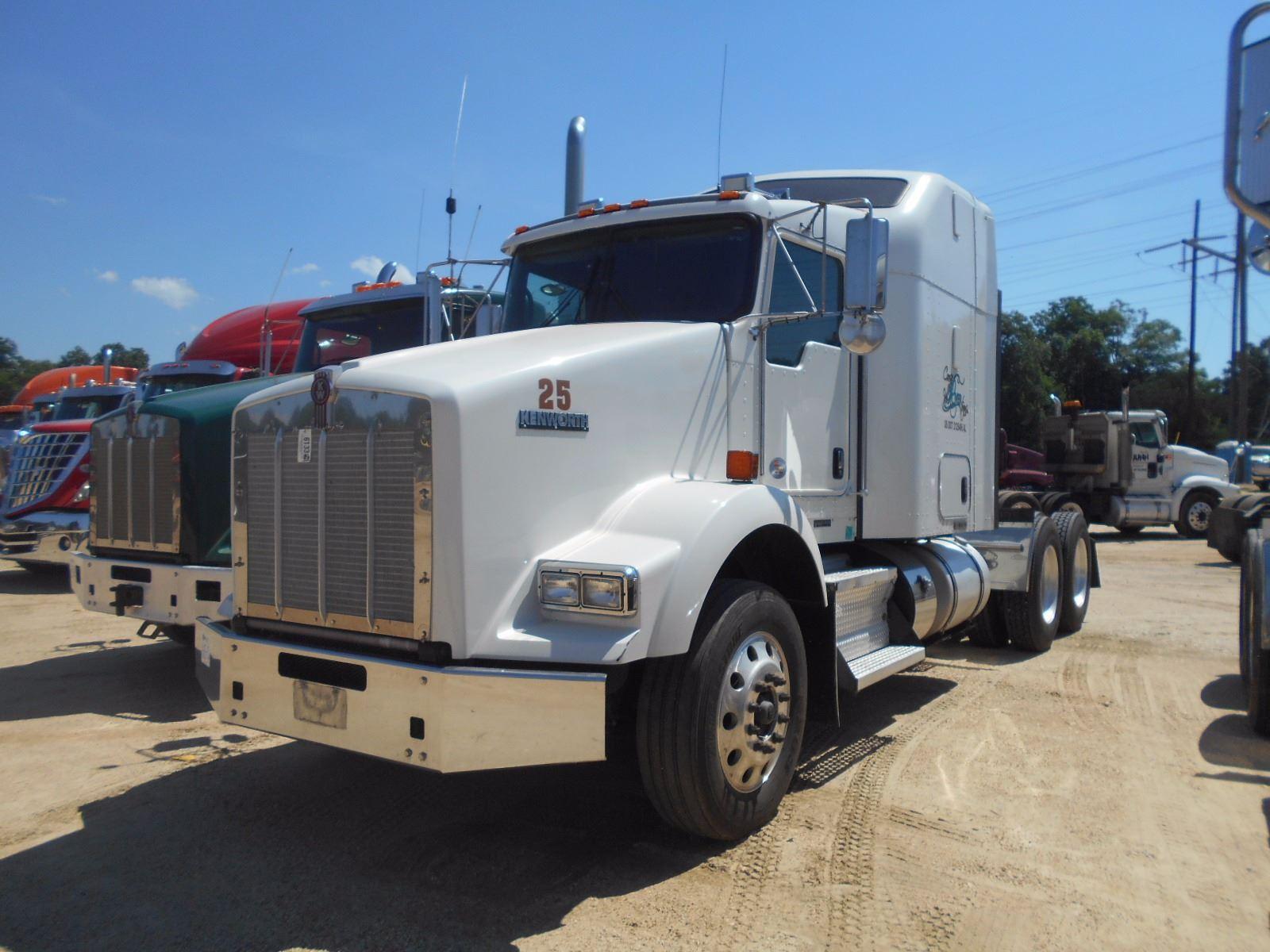 2012 KENWORTH T800 TRUCK TRACTOR, VIN/SN:1XKDDPP9X6CJ328993 - T/A, 455 HP  PACCAR ENGINE, 10 SPD TRAN