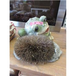 Frog Lawn Ornament & Hedgehog Boot Cleaner