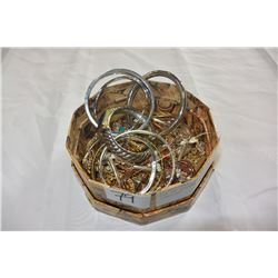 BOX OF SILVER TONE BANGLES AND JEWELLRY