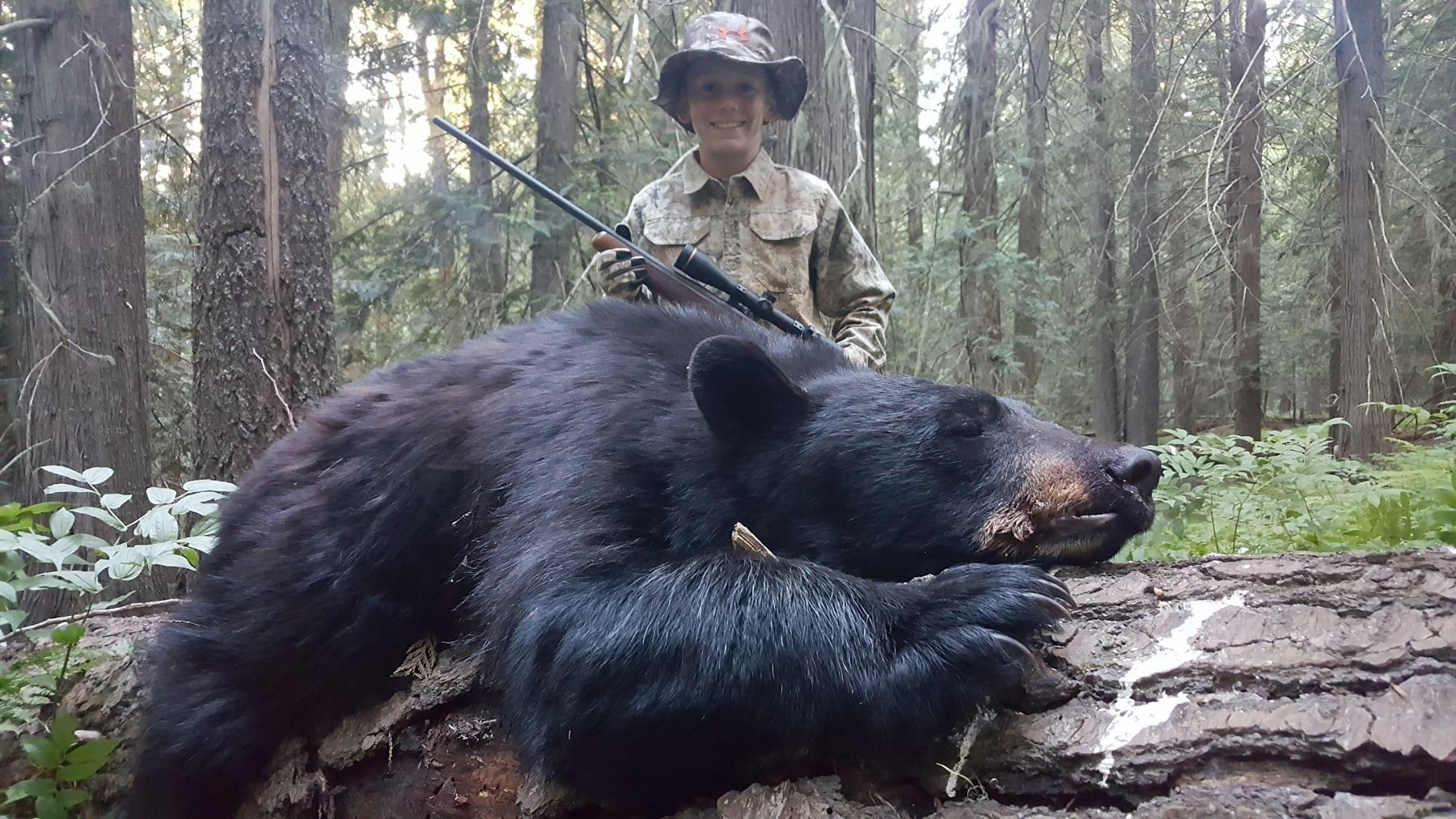5 day black bear hunt for two hunters in idaho includes trophy fees
