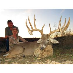 3-Day Whitetail Deer Hunt for One Hunter and One Non-Hunter in Texas - Includes Trophy Fee and Taxid