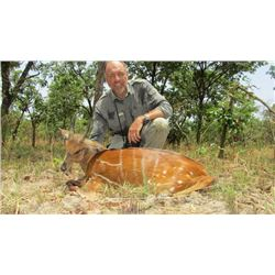 7-day Cameroon Savanna Plains Game Hunt for One Hunter and One Observer