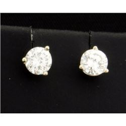3/4 Carat TW Diamond Stud Earrings in Platinum