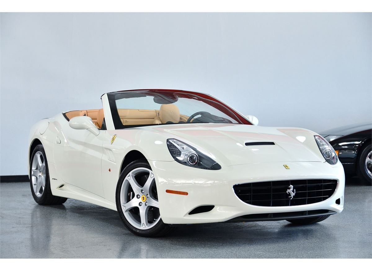 2011 White Ferrari California Base Convertible