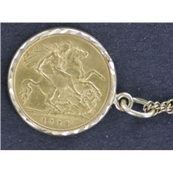 1905 GB ½ Soverign in Attractive Gold frame with Chain