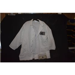 ZZ-CLEARANCE LAB COAT FROM UNKNOWN PRODUCTION SPIDER-MAN 3 MOS OR SUPERHERO MOVIE?