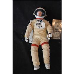 LIFEFORCE 1985 SCREEN USED MINIATURE SPACE MAN ASTRONAUT PUPPET