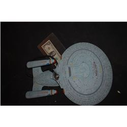 STAR TREK SCREEN USED STARSHIP ENTERPRISE WITH SCREEN MATCH PHOTO