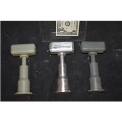 MINIATURE FLOOD LIGHT FIXTURES METAL MASTER AND 2 RESIN CASTINGS
