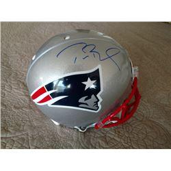 TOM BRADY AUTOGRAPHED  PATRIOTS NFL HELMET