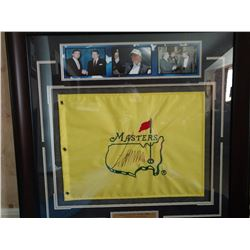 PRESIDENT TRUMP AUTOGRAPHED MASTERS GOLF  TOURNAMENT FLAG