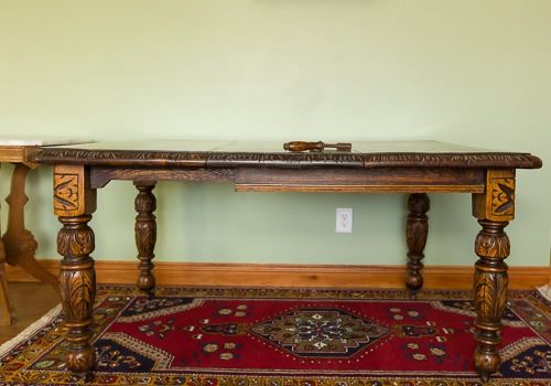English Victorian Oak Dining Table - approx  6' with insert  Has wind out  mechanism and hand crank