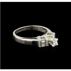 0.50 ctw Diamond Ring - 18KT White Gold