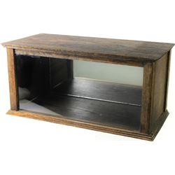 """Antique oak counter top showcase with hinging rear door, very good, original finish, nice size at 9"""""""