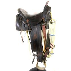 """Antique square skirt saddle unmarked with 15"""" seat."""
