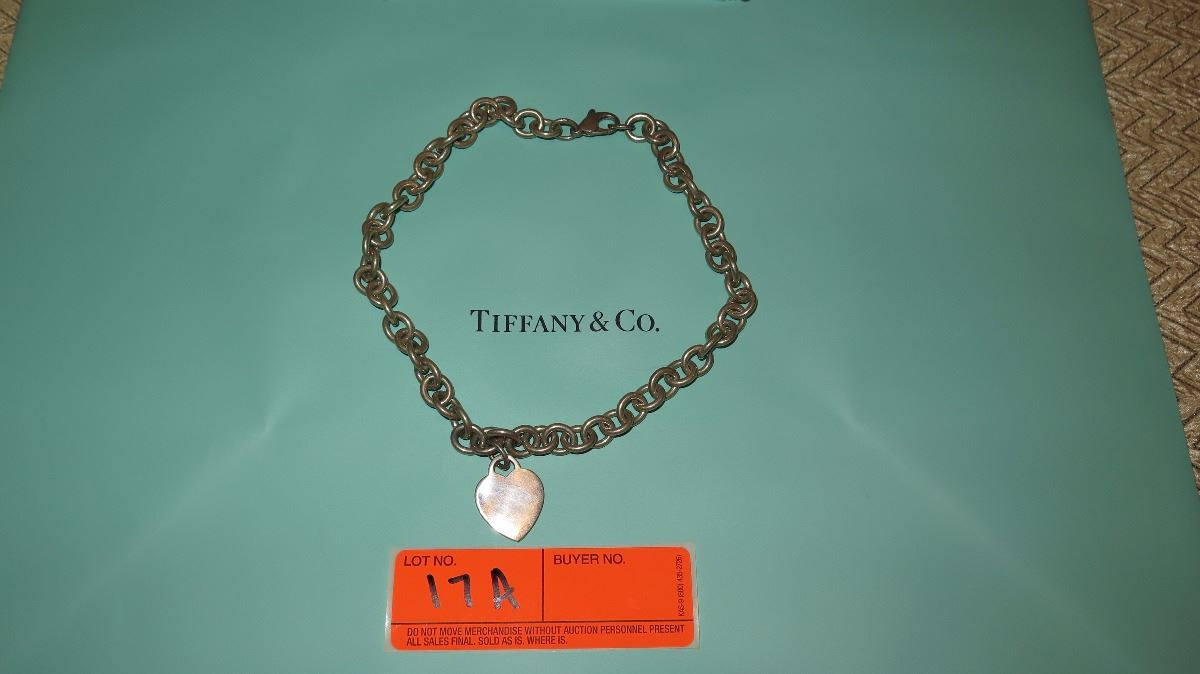 2dbff922c9750 Tiffany & Co. Sterling Silver Link Chain Choker Collar Necklace w ...