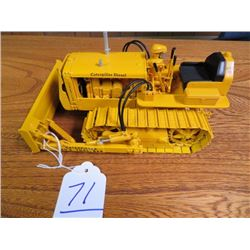 Caterpillar D2 with toolbar dozer w/ metal tracks 1/16 scale