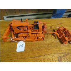 Allis Chalmers HD21 with cable dozer, Rear cable control, Orange colour & Heavy Duty construction di