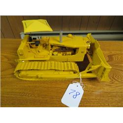 Caterpillar D9 with Cable dozer and rear ripper 1/25 scale