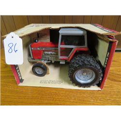 Massey Ferguson 2805 Tractor 1/20 scale